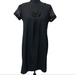 MUMS black shift dress lace sleeves